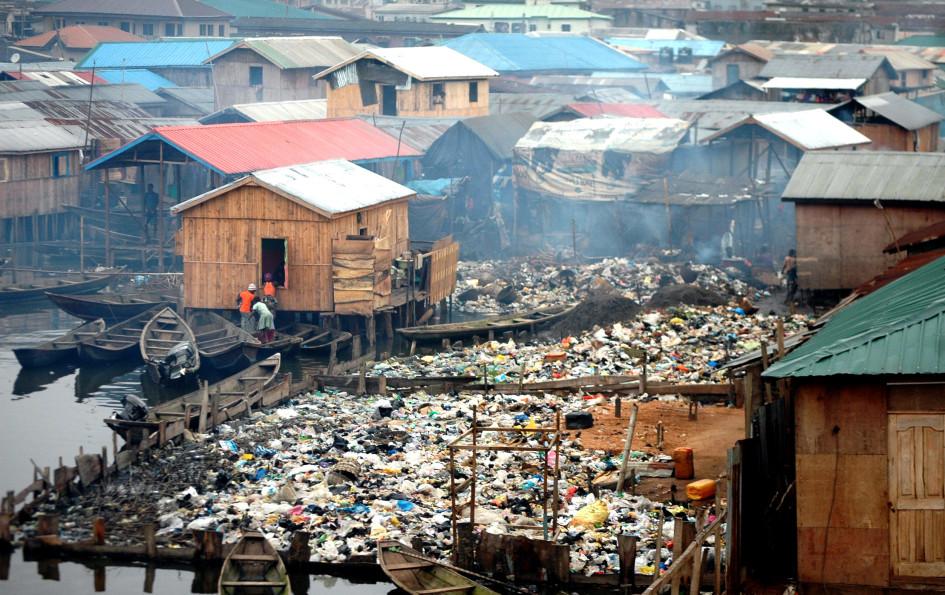 pic-5-environmental-pollution-at-makoko-in-lagos-2